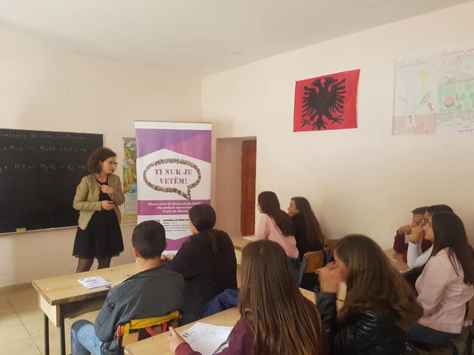 Workshop me nxënës të vitit të dytë te Shkollës së Mesme të Bashkuar